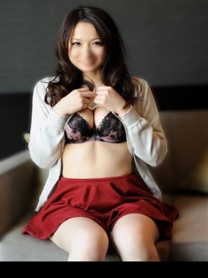秋吉奈々子